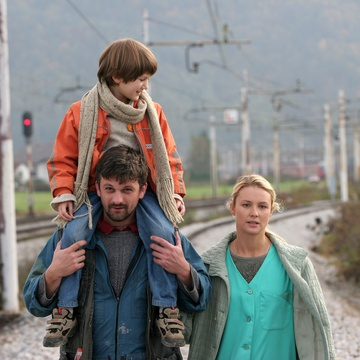 Iva Krajnc Bagola, Vladimir Vlaškalić, Julijana Zupanič on the set of Made in Slovenia (2007).